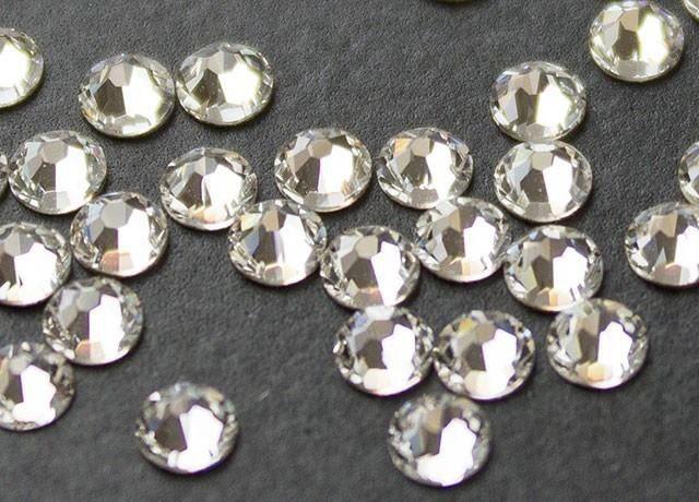 kristali-swarovski-za-toplo-lepene-cviat-Cristal